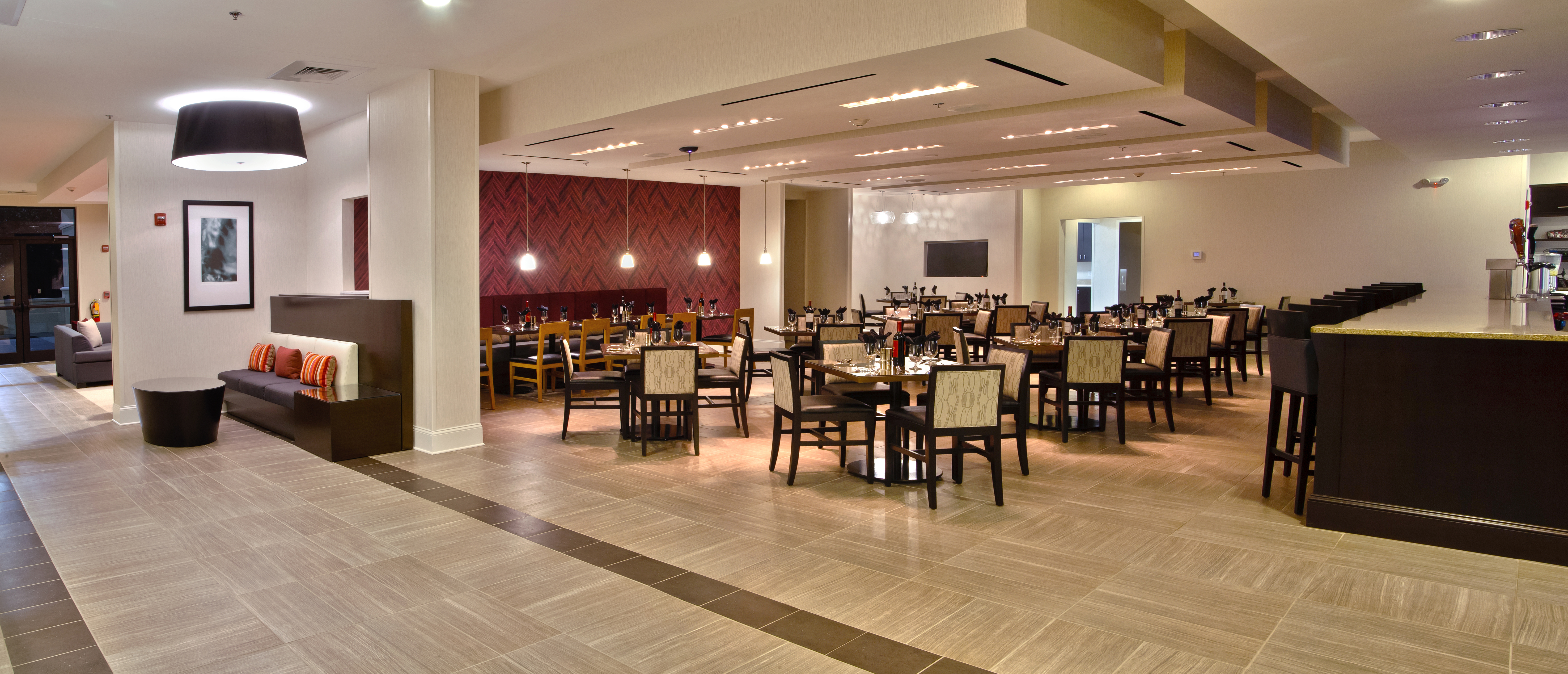 Holiday Inn Charlotte NC Airport Hotel | Charlotte Best ...