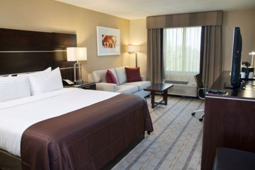 Holiday Inn Charlotte Airport Murphy Suite